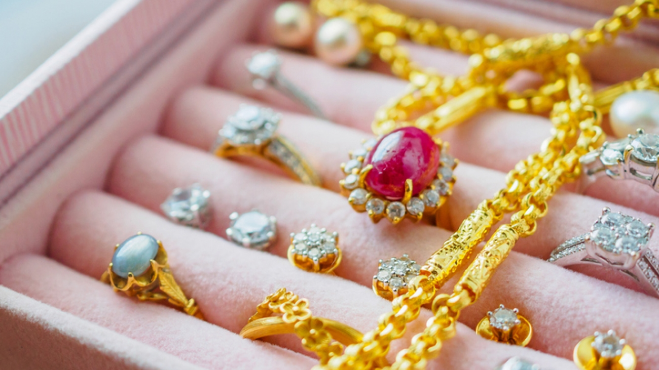 Guide for selling gold and diamonds