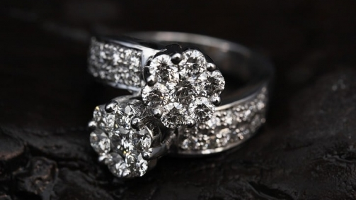 ring-2405152_960_720_724x482new