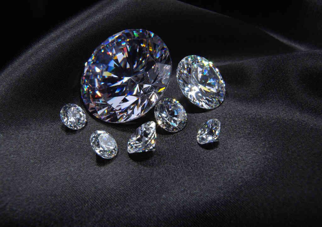 selling loose diamonds
