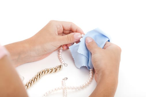 how to clean necklace